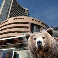 Sensex down 440, gold at 2.5-mnth low; Jindal Steel dips 7%