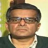 'Focus on media, logistics, oil & gas now; like RIL, TCI'